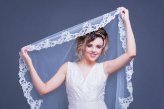 Certified bridal make up course