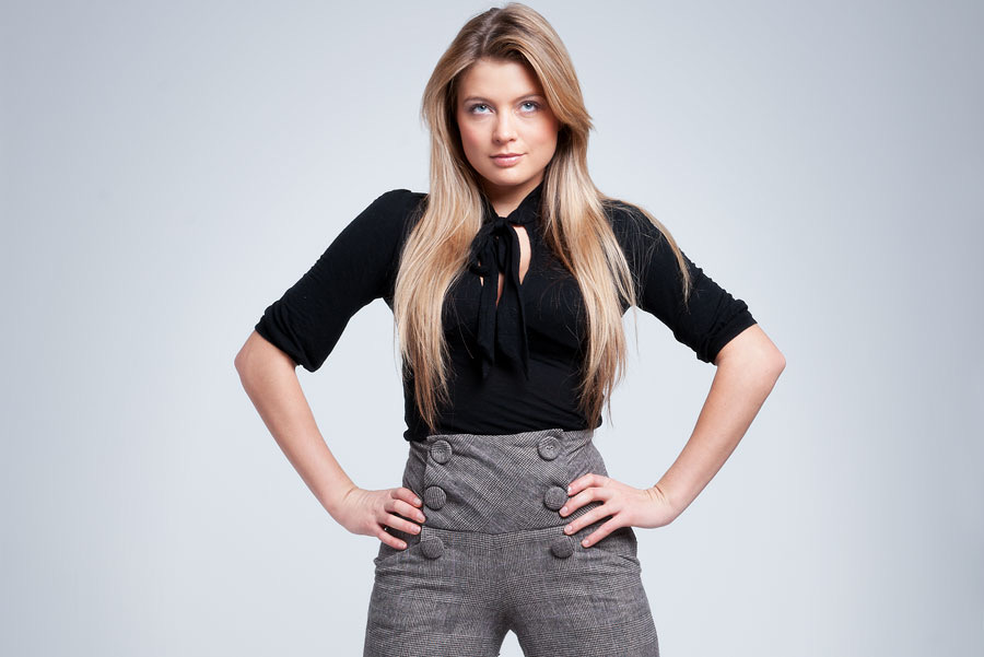 UK hair extension courses by Tworld Training